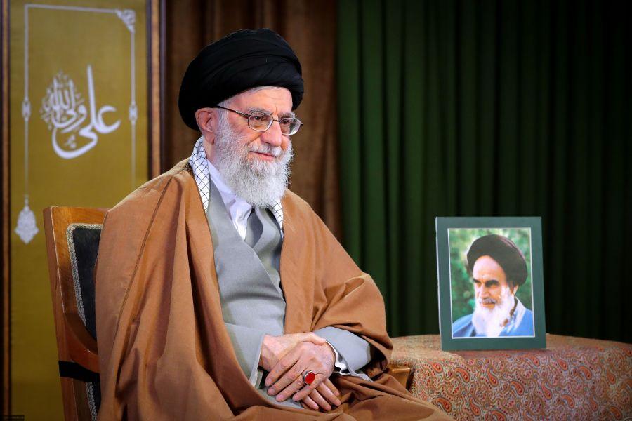 عفو رهبری برای ۲۱۸۷ زندانی