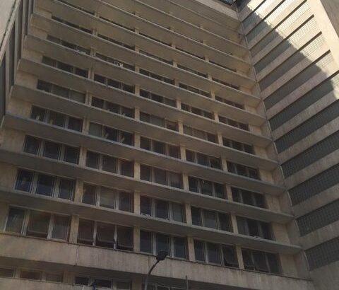 مهار آتش سوزی در ساختمان وزارت نفت