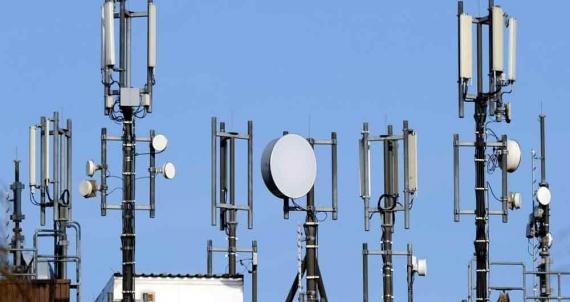 مردم در خطر ارتباطات الکترونیکی