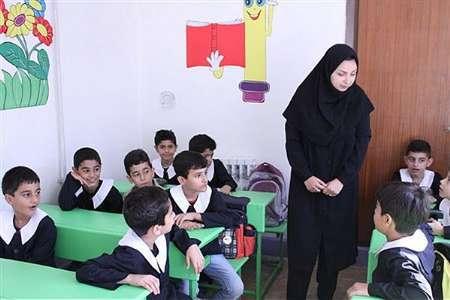 حقالتدریس معلمان از اول مهر پرداخت می شود