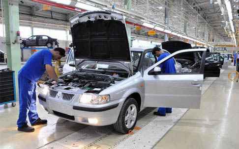 رشد ۲۸ و ۳۰ درصدی تولید خودرو و محصولات پتروشیمی
