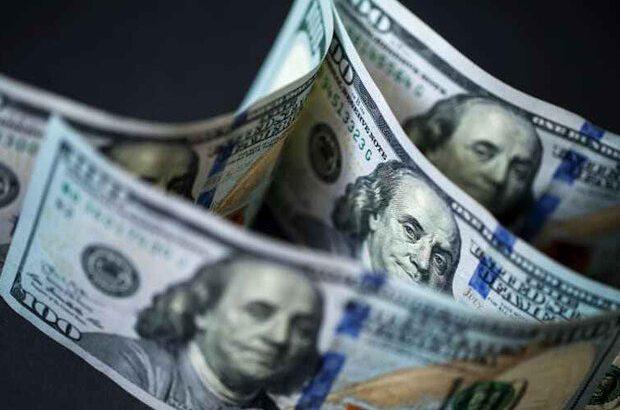 دلار در صرافی های بانکی عقبنشینی کرد