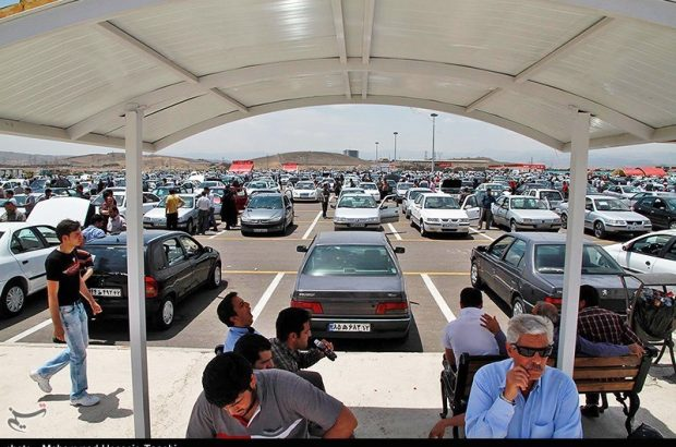 سودهای میلیارد تومانی خودروها در جیب دلالان