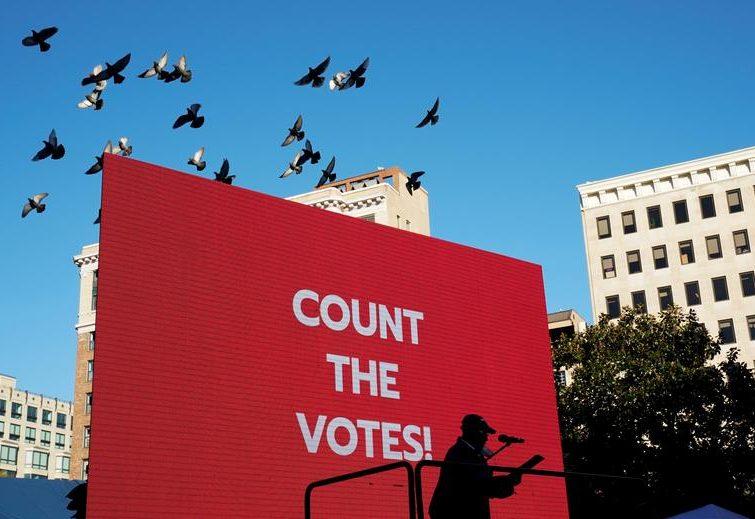 """تظاهرات جنبش"""" همه آرا را بشمارید"""" در شهر """"اوکلند"""" ایالت کالیفرنیا آمریکا"""