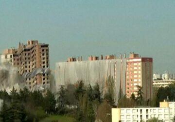 پودر شدن ساختمان ۲۵ هزار تنی در ۵ ثانیه